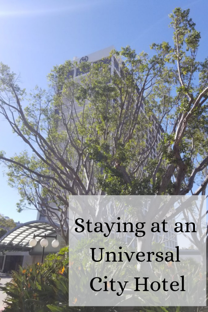 Pros and Cons of Staying at an Universal City Hotel